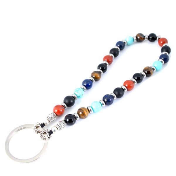 Schlüsselanhänger mit verschiedenen Steinen
