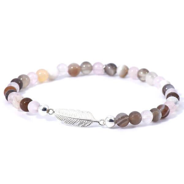 Damen Stretch Armband mit Achat & Rosenquarz Steinen. Die liebevoll gefertigte Feder aus 925 Sterling Silber verleiht diesem Armband seine Leichtigkeit.
